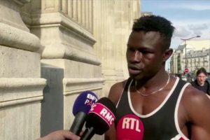 Malian boy2 300x200 - Migrant granted French Citizenship for brave attempt to rescue child